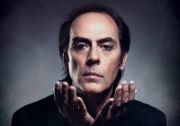 "Peter Murphy releases ""Bare-Boned and Sacred"" live album"
