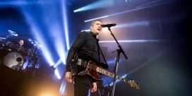 OMD's 2017 tour: Guildford performance at G Live, 11. November 2017