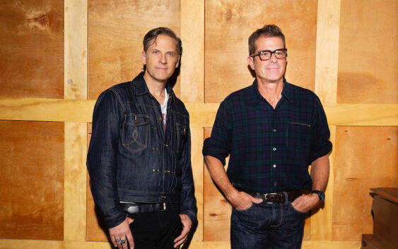 """Calexico announce new festive album """"Seasonal Shift"""" and share first single """"Hear the Bells"""""""
