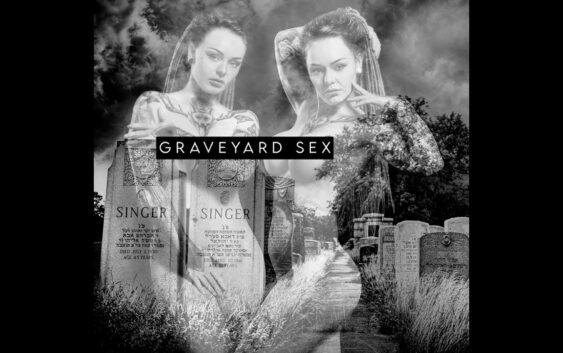 """Chris Connelly """"Graveyard Sex"""" – album review"""